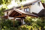 Flachdach oder Satteldach als Überdachung?